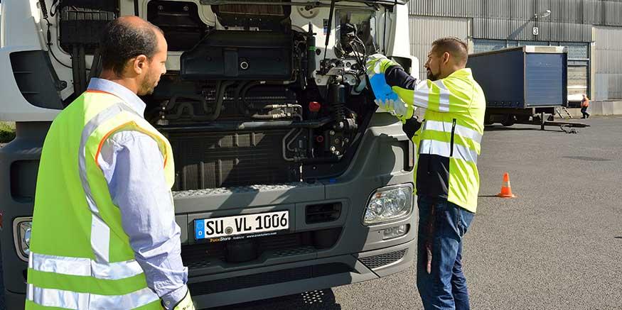 Lkw wird repariert