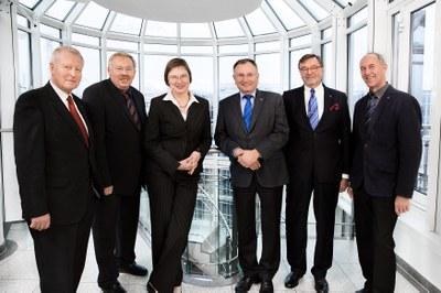 Vorstand, Geschäftsführung und Vertreterversammlung