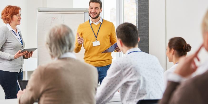 Teilnehmer bei einem Seminar