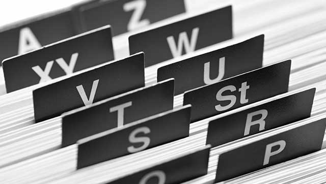 Registerkarten mit Buchstaben