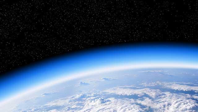 Blick auf die Erde vom All